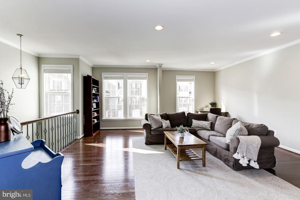 Living Room w/ Gorgeous HW Floors - 22754 BALDUCK TER, ASHBURN