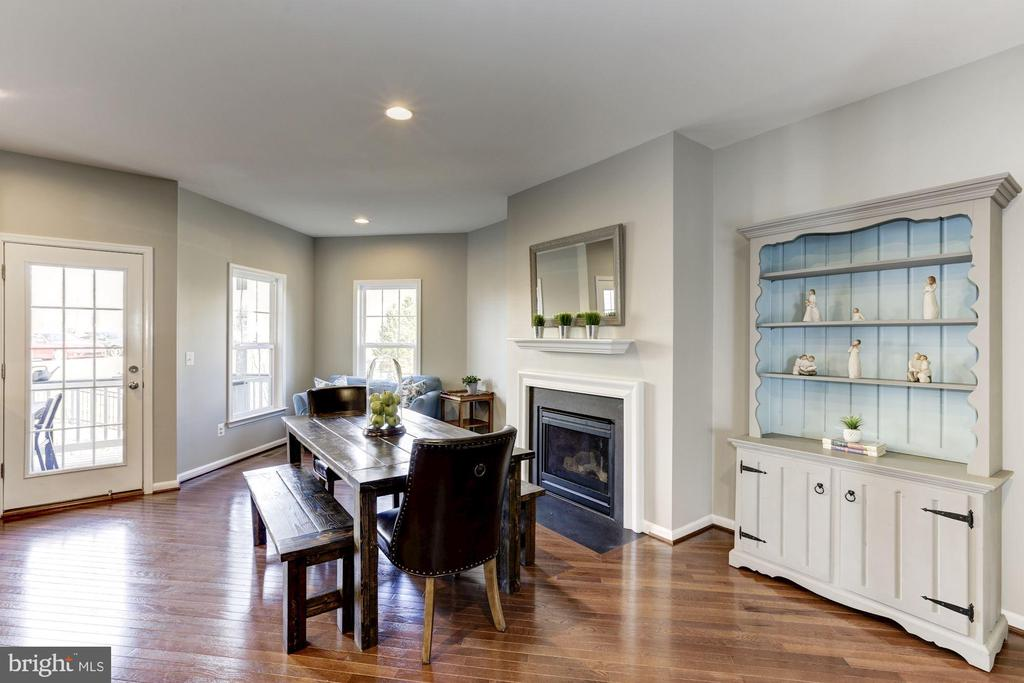 Dining Room /Additional Family Space w/ Fireplace - 22754 BALDUCK TER, ASHBURN