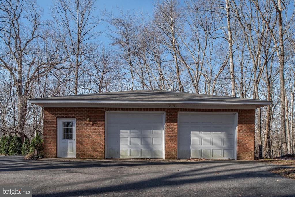 Detached Garage - 104 BLAISDELL LN, FREDERICKSBURG