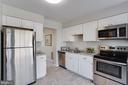 New Kitchen and Appliances - 5506 LA CROSS CT, FAIRFAX