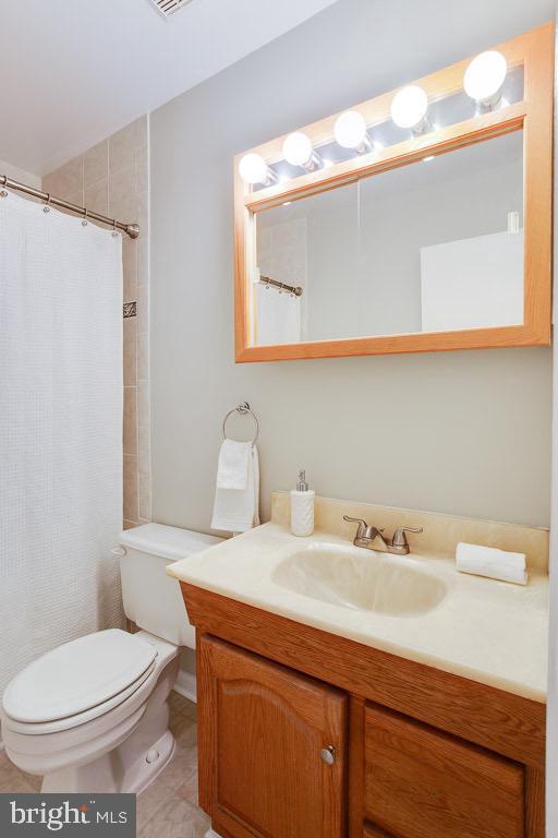 Second Bathroom Upstairs - 5506 LA CROSS CT, FAIRFAX