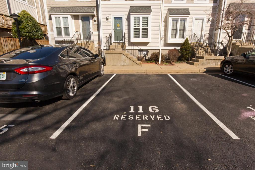 Parking space - 3813 9TH RD S, ARLINGTON