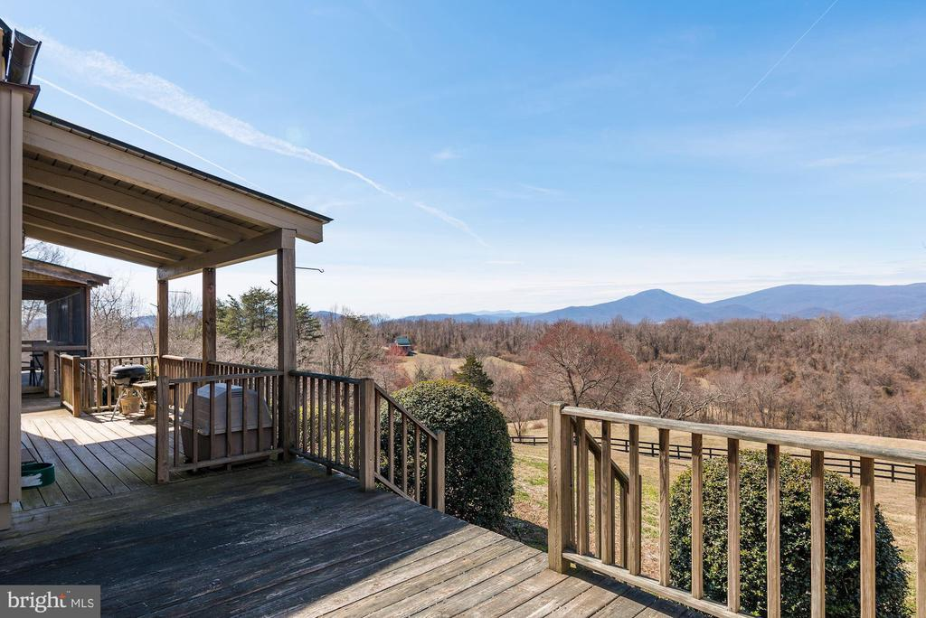 Views of beautiful Rappahannock County - 43 GRUNKLE LN, FLINT HILL
