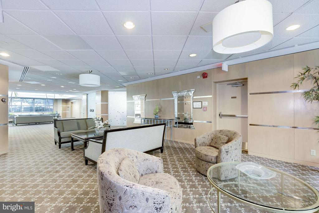 Clubhouse - 5630 WISCONSIN AVE #807, CHEVY CHASE
