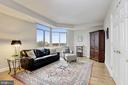 Beautiful Library/Den with fantastic views! - 5630 WISCONSIN AVE #807, CHEVY CHASE