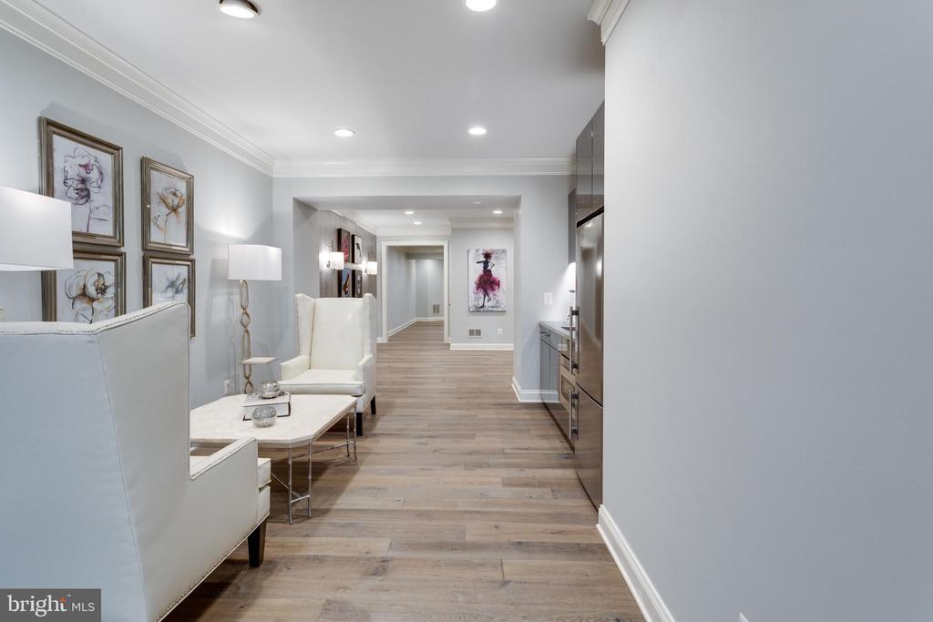 Hallway towards professional level gym - 7301 DULANY DR, MCLEAN