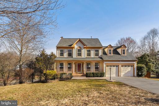 15 NEW BEDFORD CT