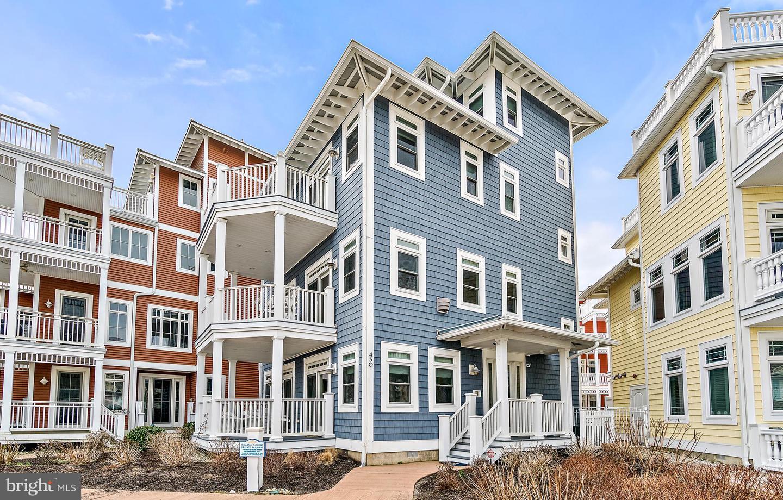 Maison unifamiliale pour l Vente à 430 E ATLANTA AVE #430 Wildwood, New Jersey 08260 États-Unis