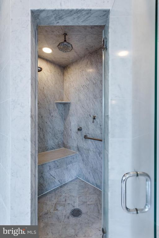 Owner's Bath, marble walk in shower - 9179 OLD DOMINION, MCLEAN