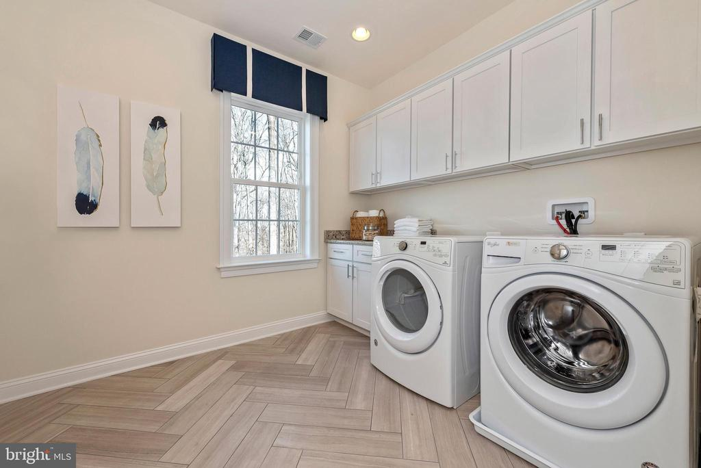 Upper Level Laundry Room - 6437 DRESDEN PL, FREDERICK