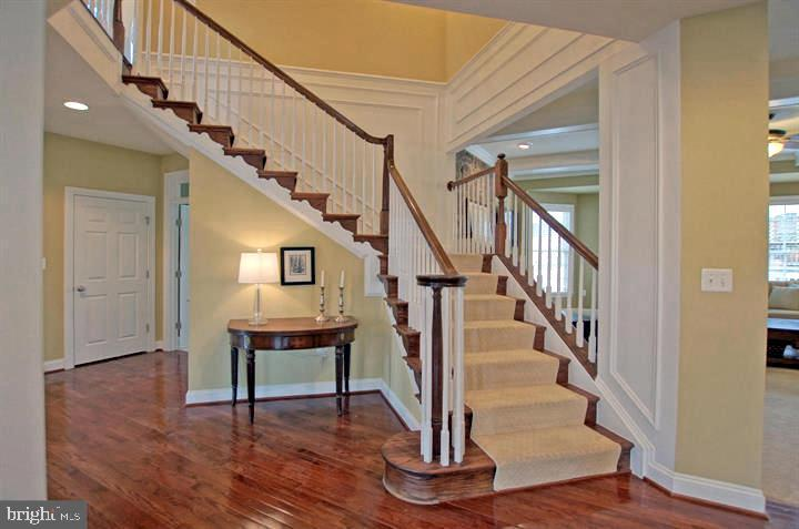 Staircase open to Family Room - 4210 BURKE STATION RD, FAIRFAX