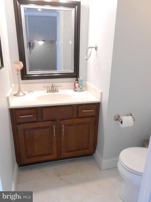 Half Bath on Main Level - Tile Floor - 10210 BENS WAY, MANASSAS