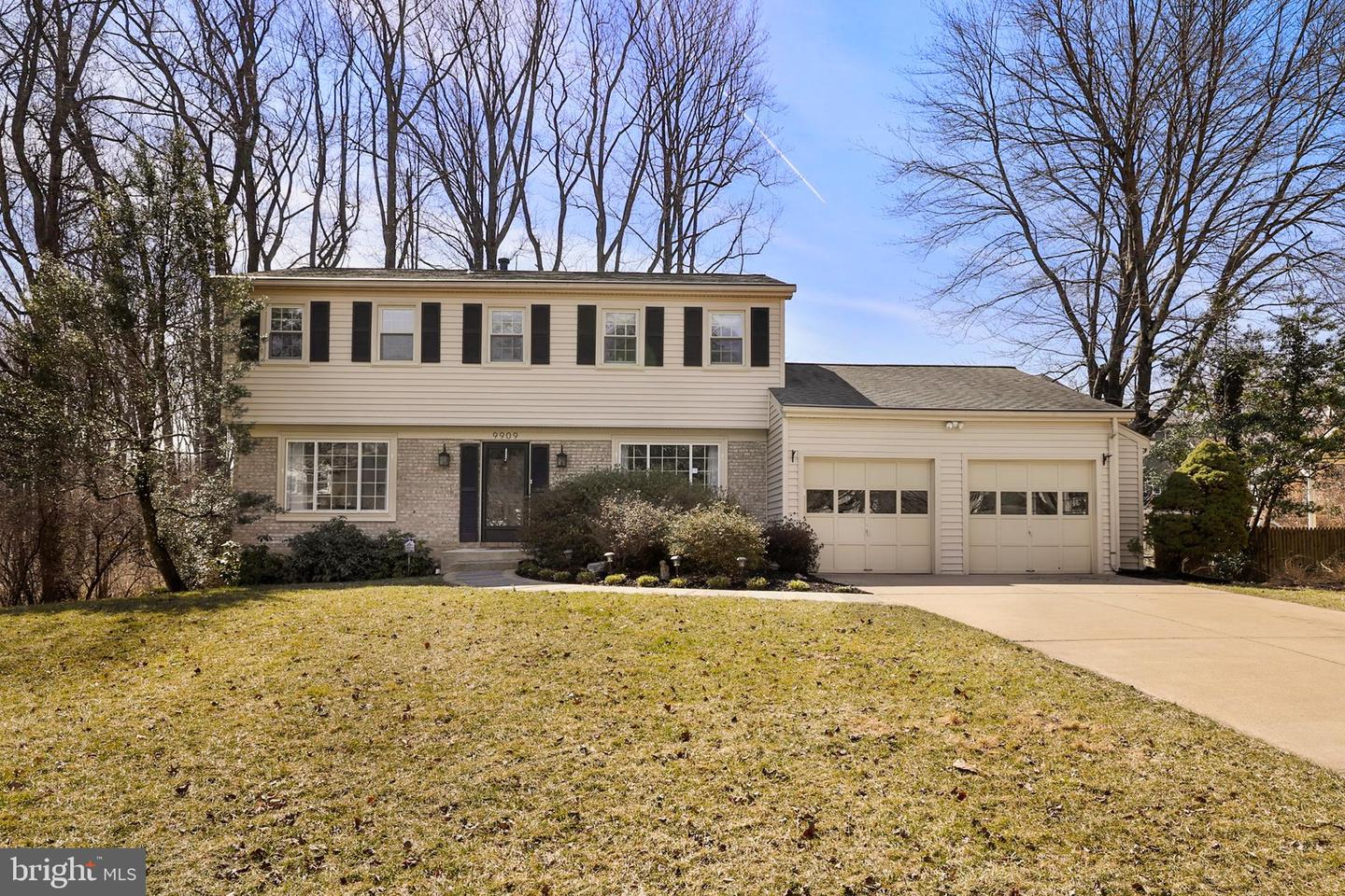 9909 BARNSBURY COURT, FAIRFAX, Virginia
