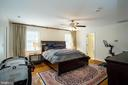Large Master with attached dressing room - 2704 S JOYCE ST, ARLINGTON