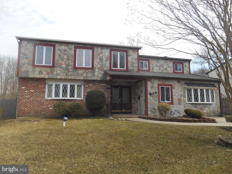 Maison unifamiliale pour l Vente à 379 JOHN F KENNEDY BLVD Lawnside, New Jersey 08045 États-Unis