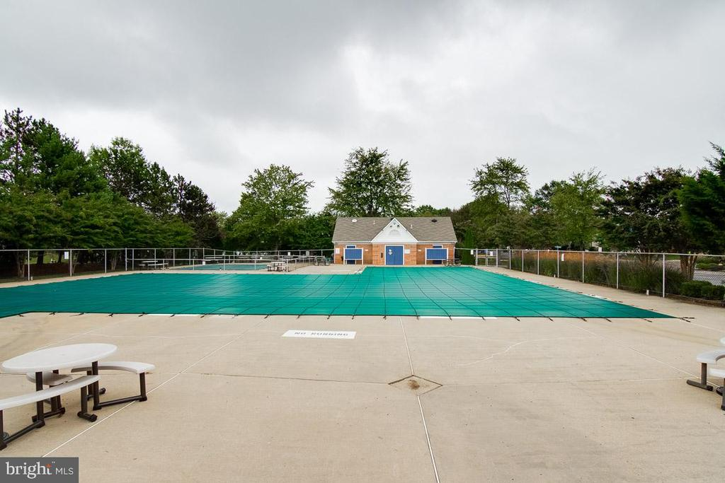 Pool - 6656 HIGH VALLEY LN, ALEXANDRIA