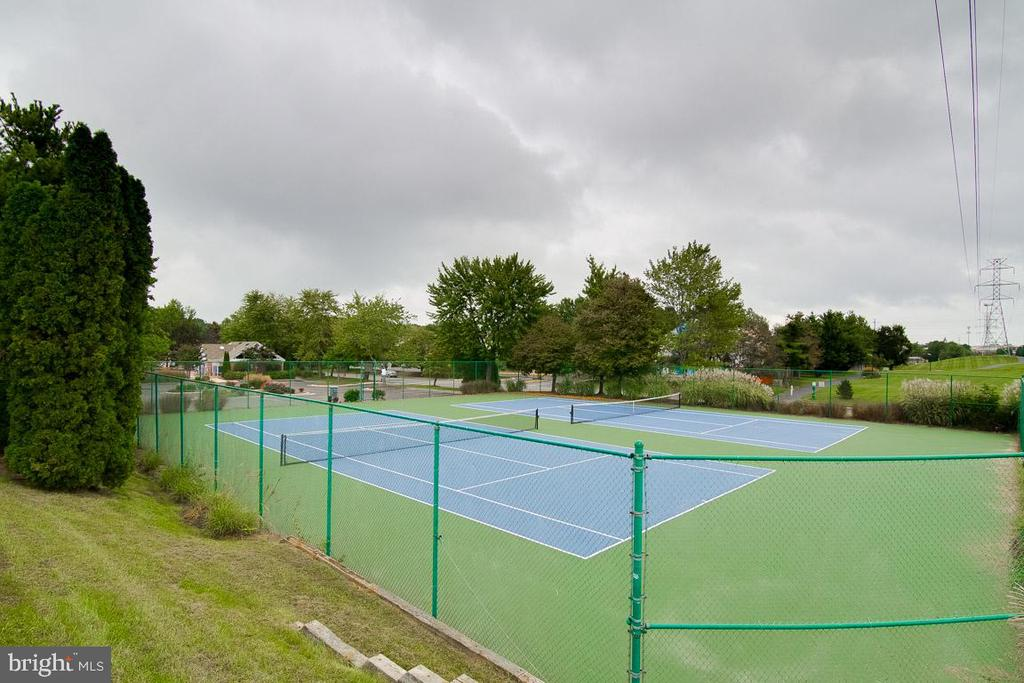 Tennis Courts - 6656 HIGH VALLEY LN, ALEXANDRIA