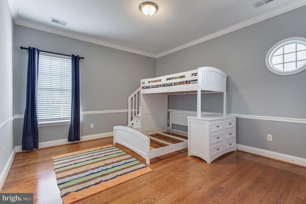 Bedroom 4 - 121 SINEGAR PL, STERLING