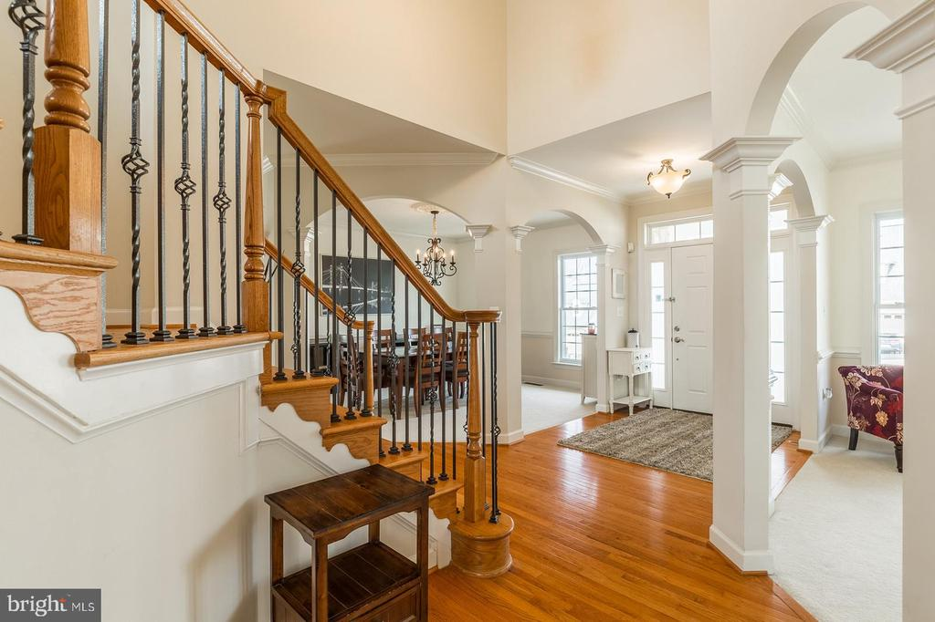 Another view of foyer from different angle - 18487 KERILL RD, TRIANGLE