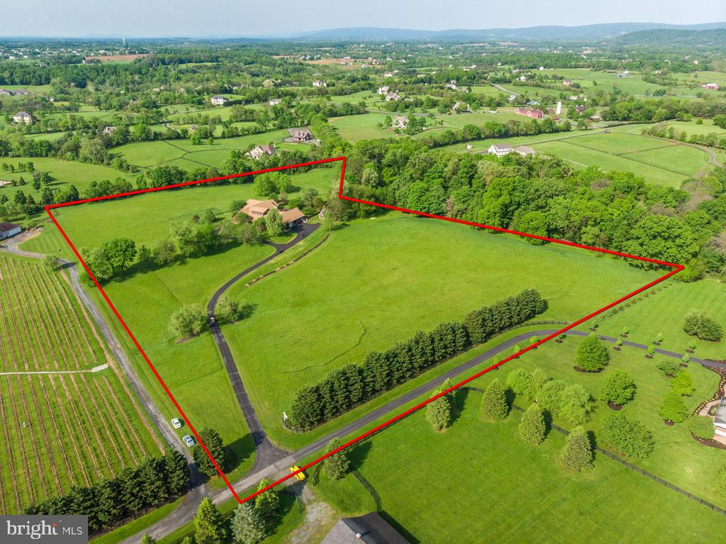 13 pristine, private and fenced acres! - 38581 DAYMONT LN, WATERFORD