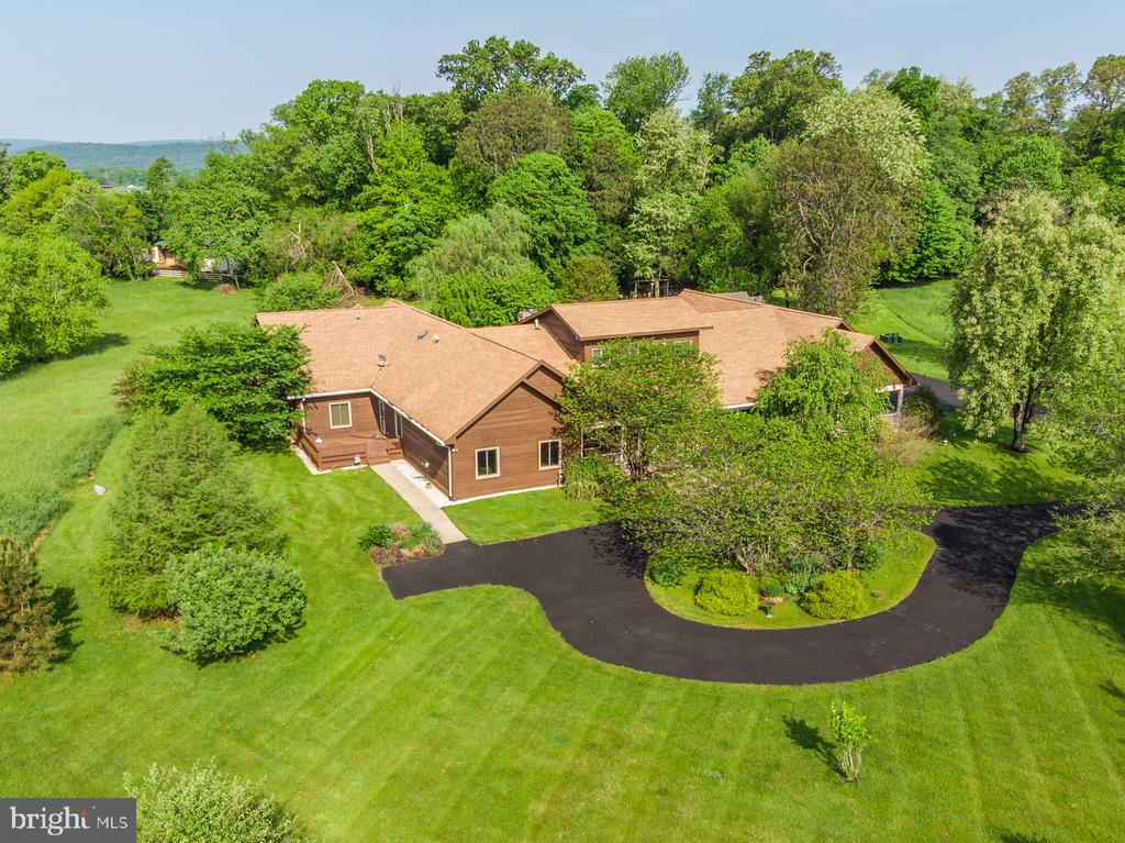 Aerial view of Ranch - like two homes in one! - 38581 DAYMONT LN, WATERFORD
