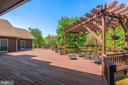 Huge Deck overlooking private back yard - 38581 DAYMONT LN, WATERFORD
