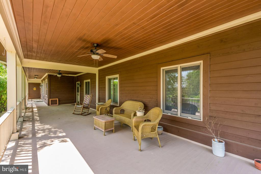 Call it a Day! - 38581 DAYMONT LN, WATERFORD