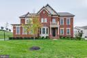 - 42231 AMBER MEADOWS LN, BRAMBLETON