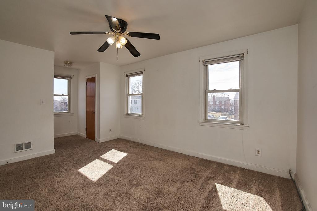 Master BR with double closets - 4106 24TH AVE, TEMPLE HILLS