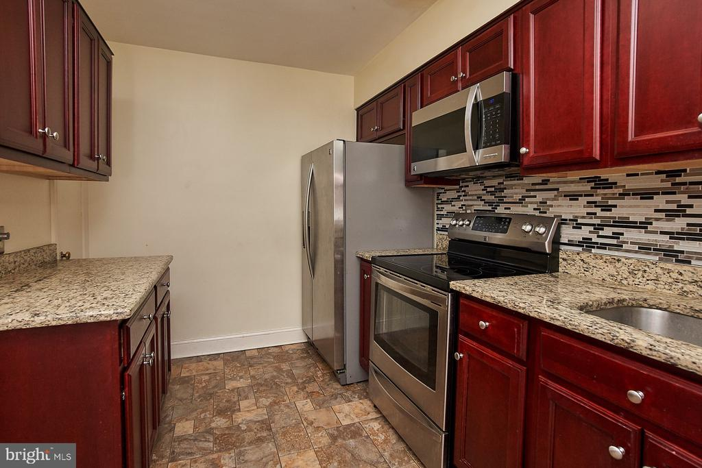 Updated kitchen - 4106 24TH AVE, TEMPLE HILLS
