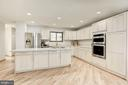 STAINLESS STEEL APPLIANCES - 11594 NEWPORT COVE LN, RESTON