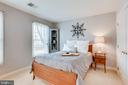 Spacious Secondary Bedrooms - 26158 GLASGOW DR, CHANTILLY