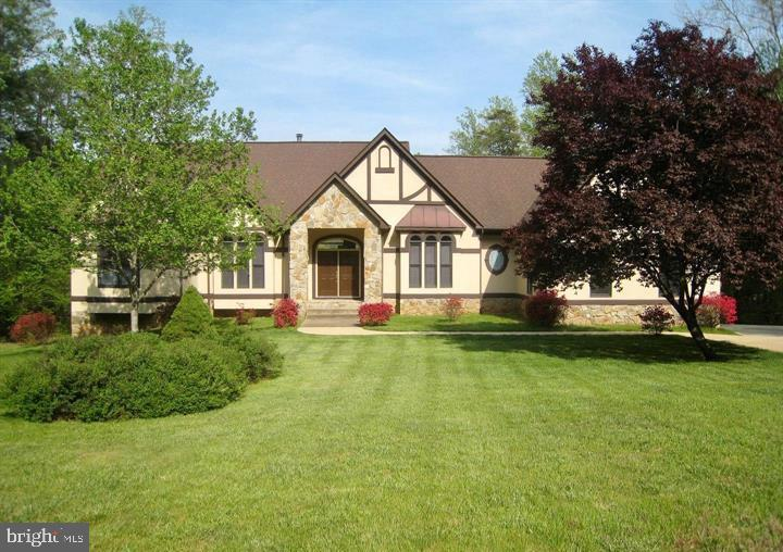 HOME SITS ON 2.63 ACRES - 6505 MATTHEW LN, MINERAL