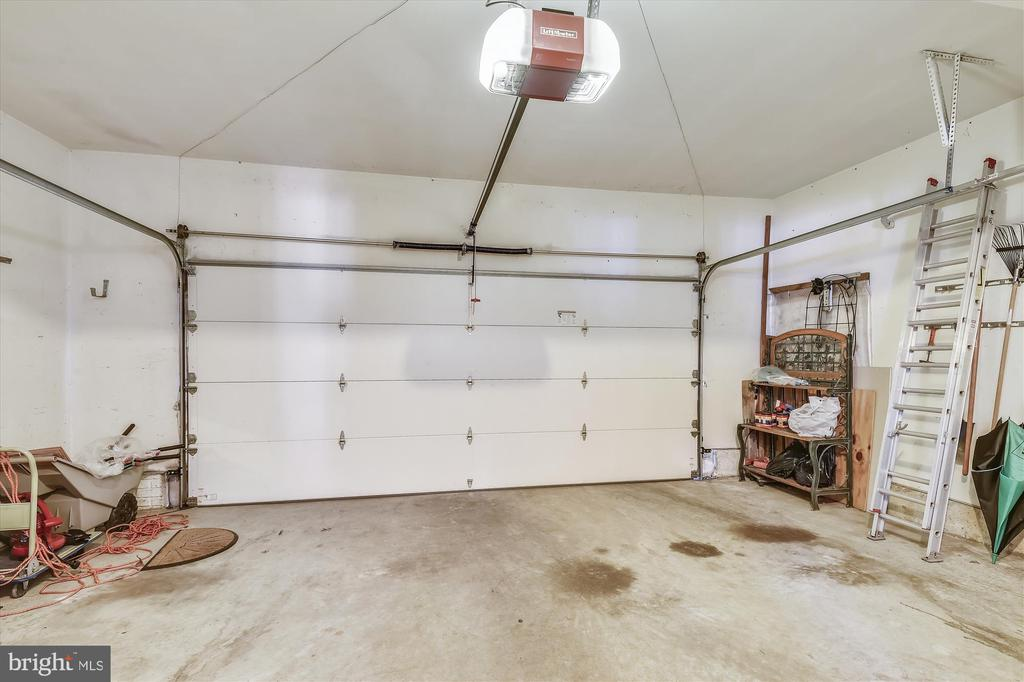 2 car garage includes storage space - 4572 SHETLAND GREEN RD, ALEXANDRIA
