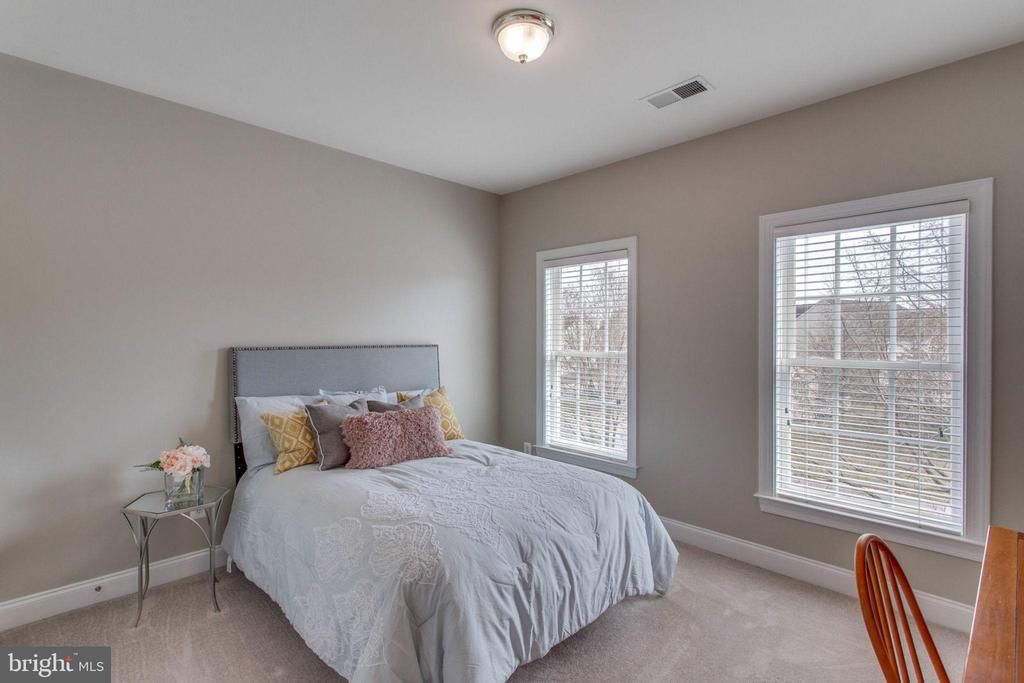 Upstairs  Bedroom #4 - 42760 RIDGEWAY DR, BROADLANDS