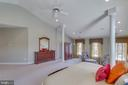 Massive Master suite w/ fireplace & sitting room. - 42760 RIDGEWAY DR, BROADLANDS