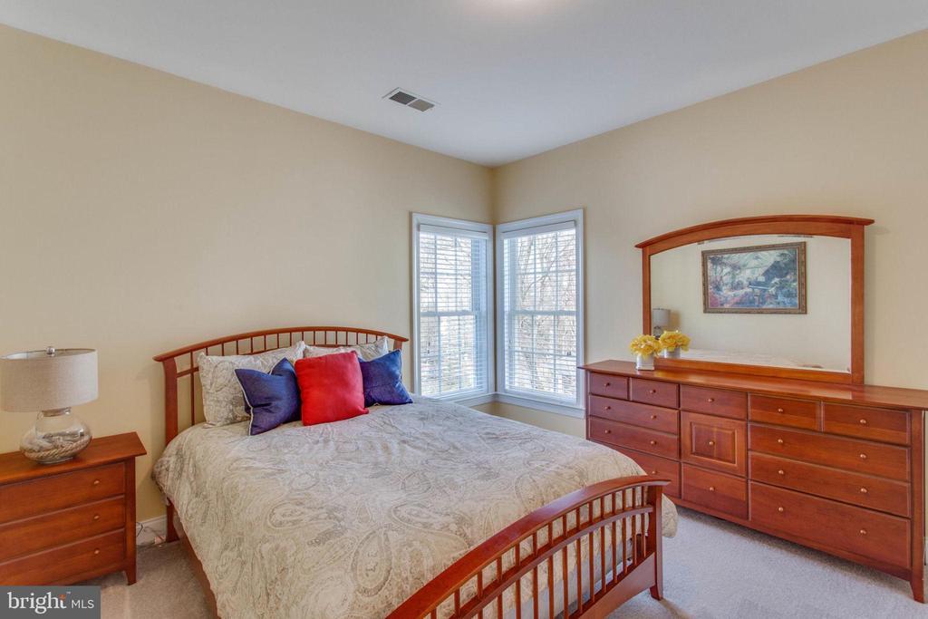 Upstairs Bedroom #3 - 42760 RIDGEWAY DR, BROADLANDS