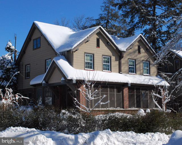 Single Family Home for Sale at 204 HOLROYD Place Woodbury, New Jersey 08096 United States