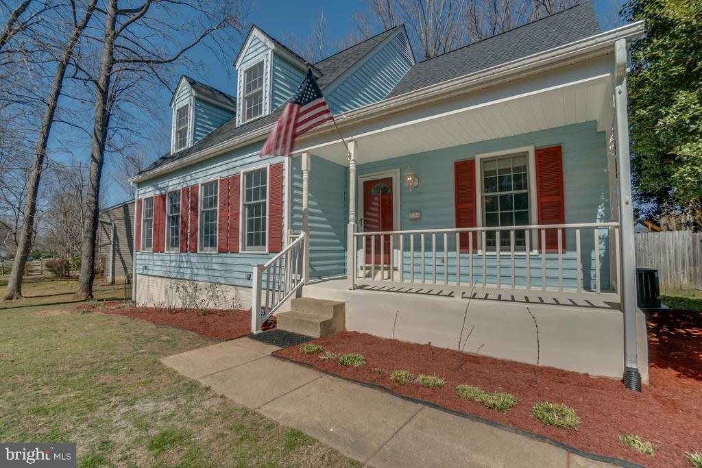 Beautiful Cape Cod Home with Tons of Space - 22 KELLY WAY, STAFFORD