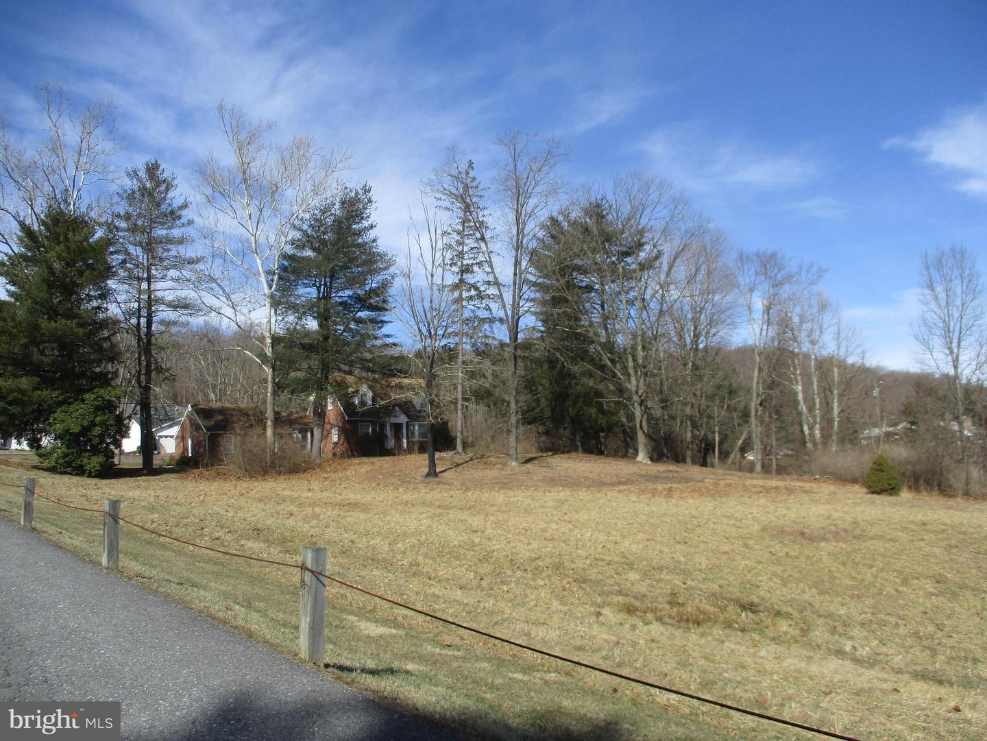 Additional photo for property listing at Route 522 Berkeley Springs, West Virginia 25411 United States