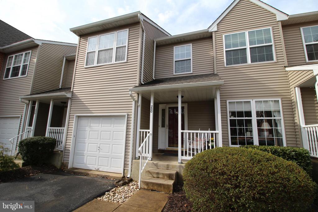 230  GATEHOUSE CIRCLE  179, Doylestown, Pennsylvania