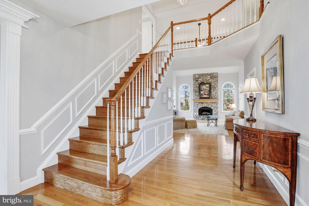 Beautiful Foyer with Oak Staircase - 43224 AUGUSTINE PL, ASHBURN