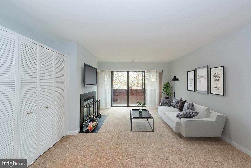 Virtual Staging Living Room - 5590 VANTAGE POINT RD #6, COLUMBIA