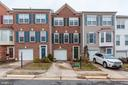 Located near main roads and still quiet and cozy - 6393 HAWK VIEW LN, ALEXANDRIA