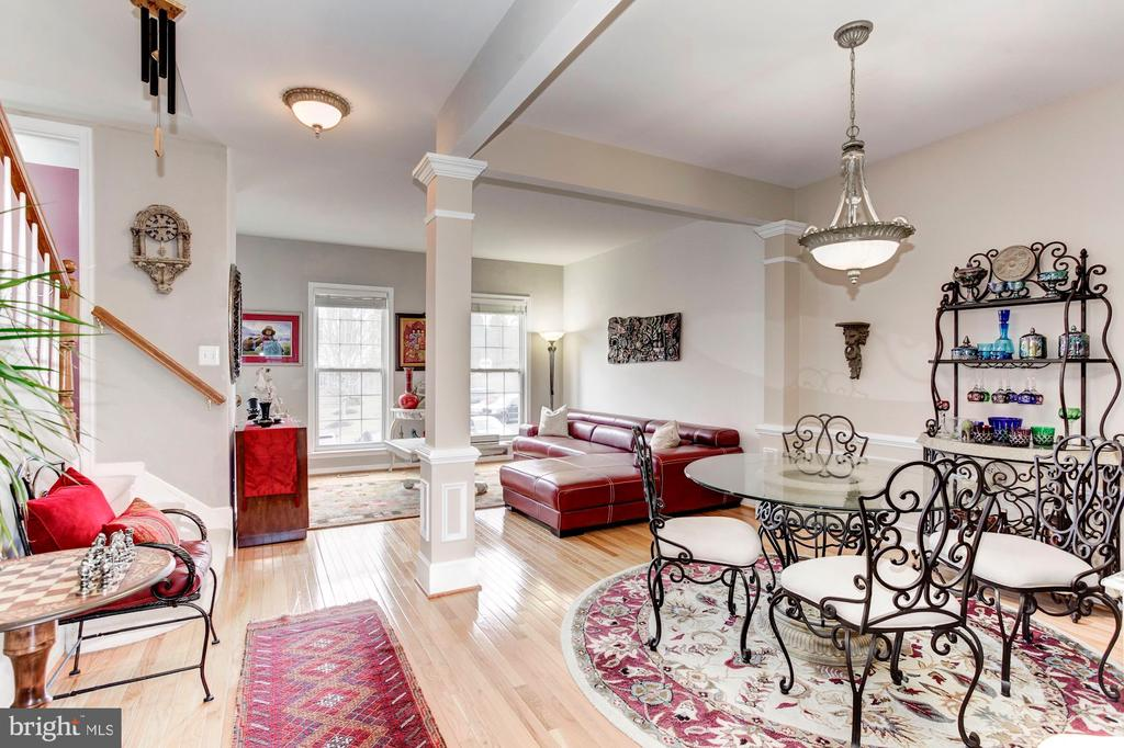 Elegant Living and Dining areas - 6393 HAWK VIEW LN, ALEXANDRIA