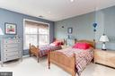 Large 10 ft closet space + a nook for a desk area - 6393 HAWK VIEW LN, ALEXANDRIA