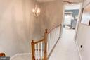 Hallways filled with style - 6393 HAWK VIEW LN, ALEXANDRIA