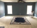 Very large master suite. - 6 SCARLET FLAX CT, STAFFORD