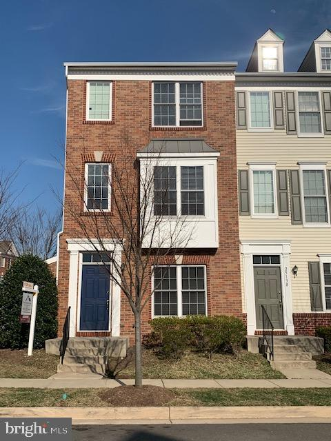- 25136 MONTEITH TER, CHANTILLY