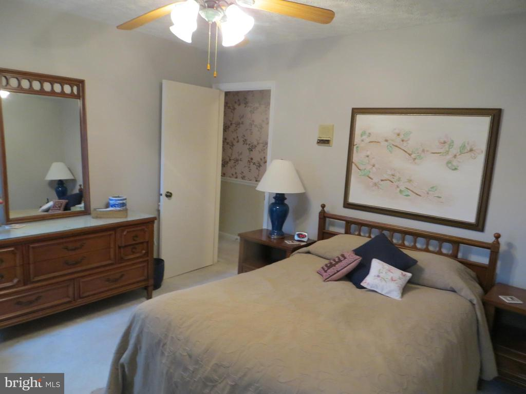 Bedroom 2 - 200 HAPPY CREEK RD, LOCUST GROVE